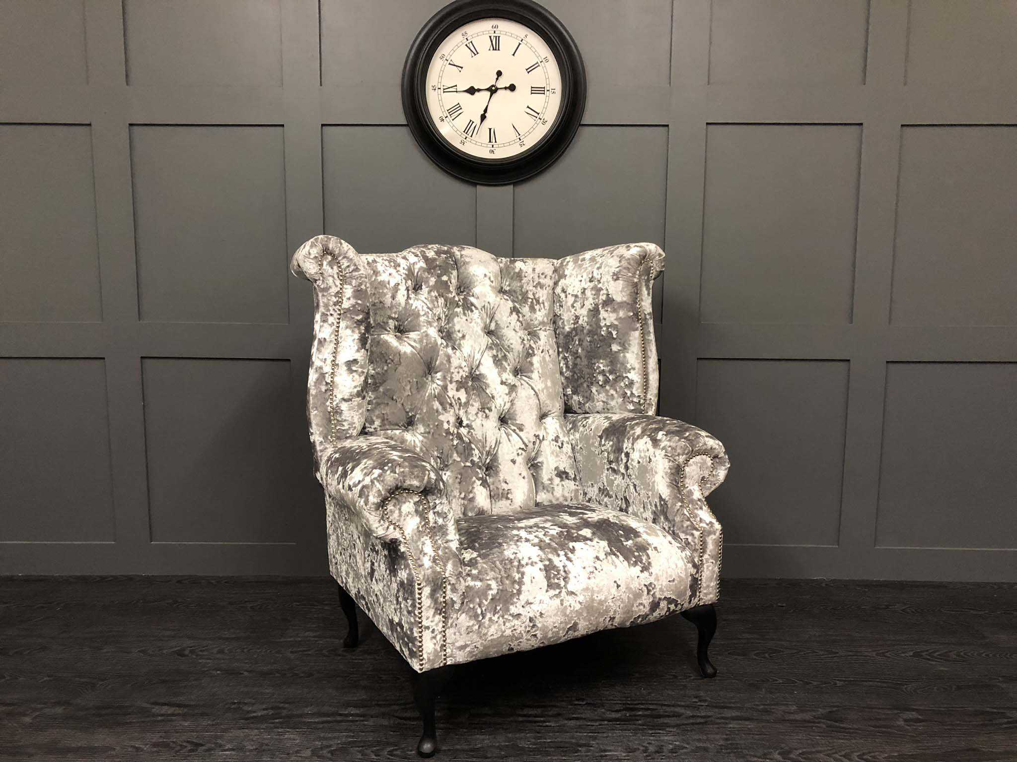 Lustro argent orpington wing chair