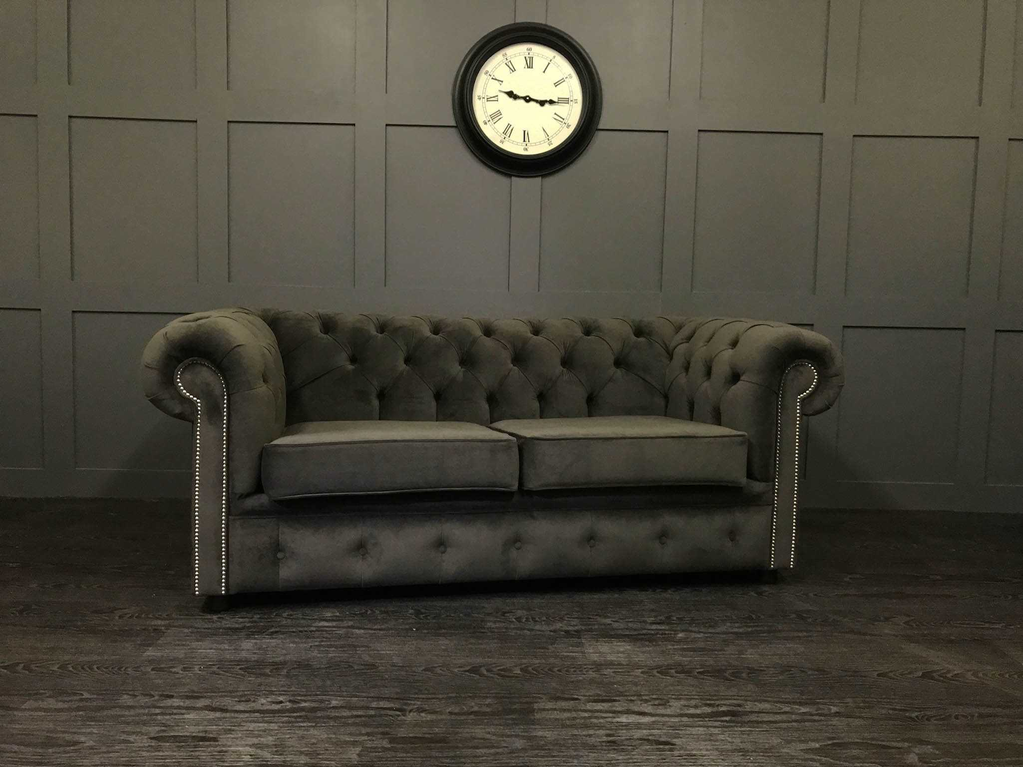The Essex Chesterfield Sofa Bed 2.5 Seat
